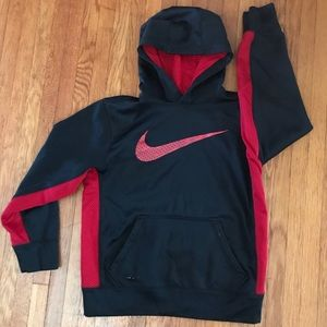 Boys Nike Therm fit hoodie